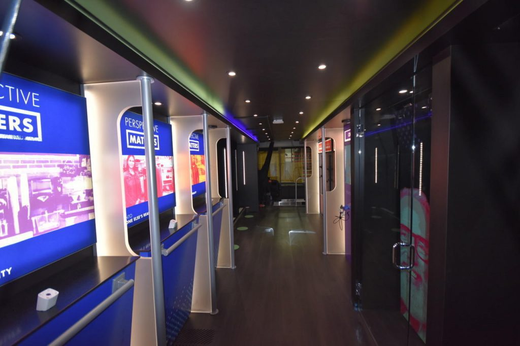 Custom Coach / RV