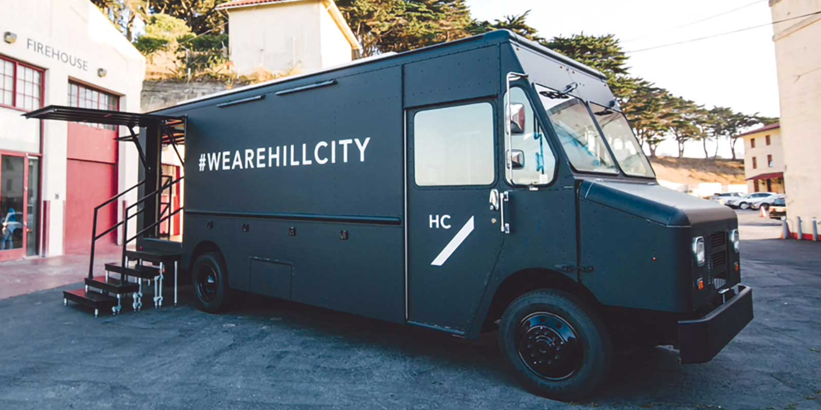 STEP VAN / POP UP RETAIL