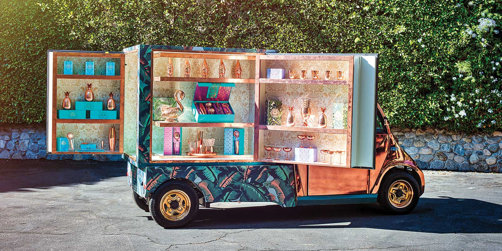 GEM ELECTRIC CAR / MOBILE BAR
